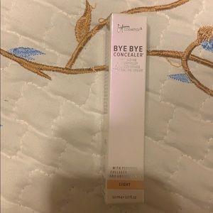 It Cosmetics Bye Bye Light Concealer